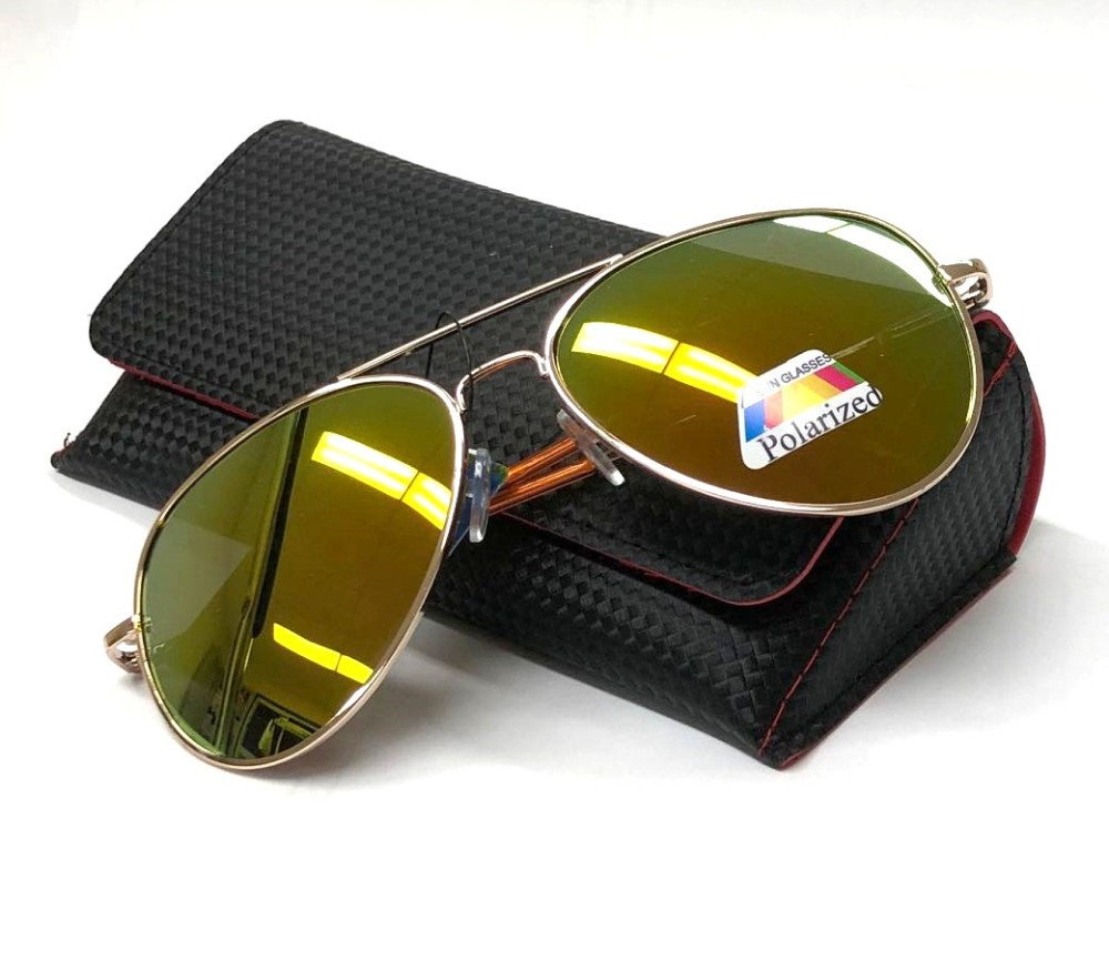 Aviator Polarized Sunglasses with Black Magnetic Case