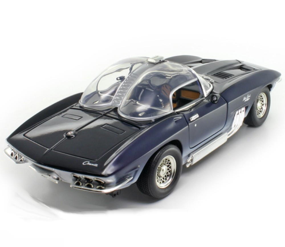 1:18 1961 Corvette Mako Shark Concept (Dark Blue