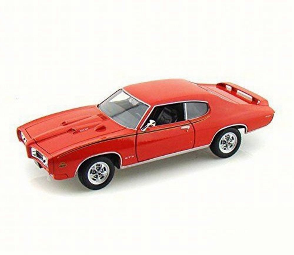 1:18 1969 Pontiac GTO Judge (Bright Red) MM73133RD