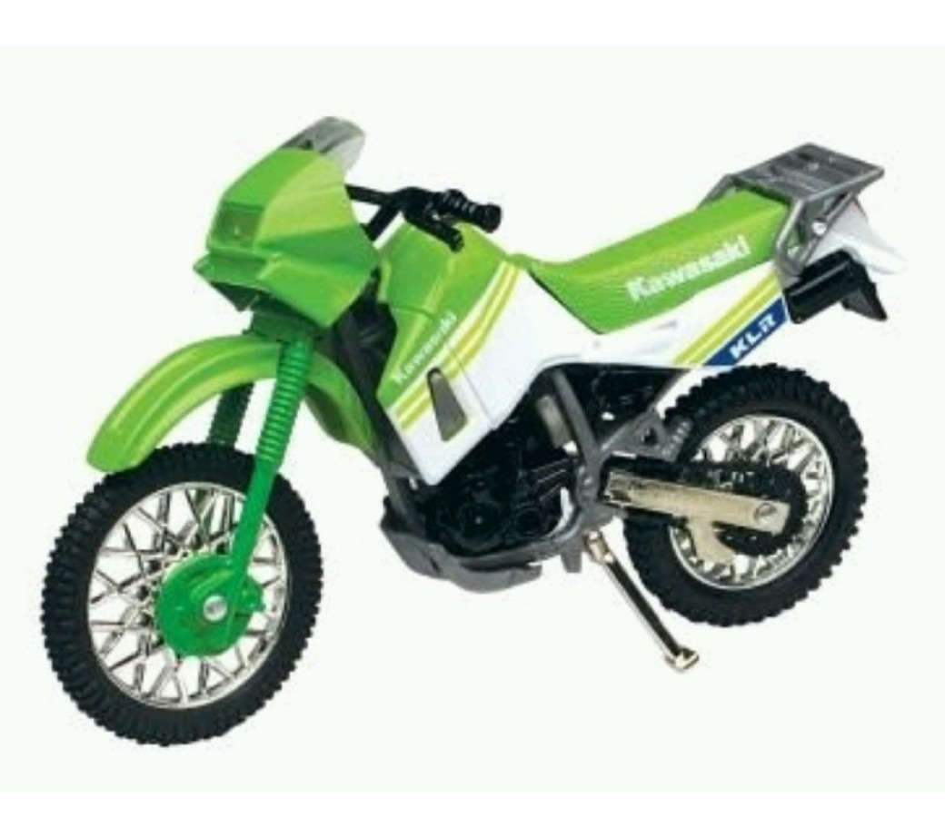 Kawasaki KLR 650 1:18 Die Cast Bike (Green) MMM411